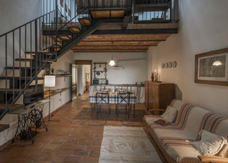 Sala da pranzo dettaglio appartamento Maghino casa vacanze Le Fornaci Arezzo
