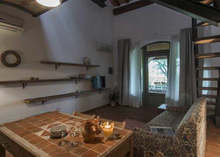 Dettaglio sala da pranzo appartamento Catola, casa vacanze Le Fornaci Arezzo