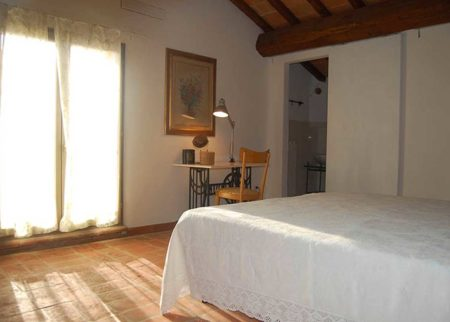 Dettaglio camera da letto appartamento cilindro casa vacanze Le Fornaci Arezzo