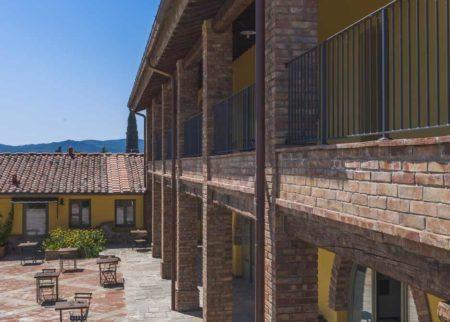 Panoramica chiostro casa vacanze Le Fornaci Arezzo
