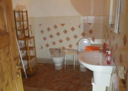 Dettaglio bagno appartamento Varisio casa vacanze Le Fornaci Arezzo